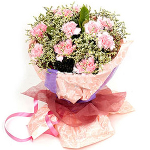 Carnations arrangements in China